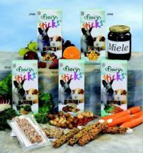 Палочки для кроликов и морских свинок Fiory Sticks с фруктами, 2х50 гр.